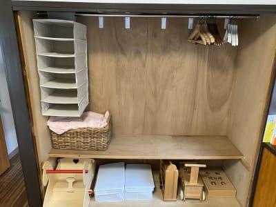 上着をかけたり、荷物を置いたり、お使いいただけます。 - てらこや maple 平屋古民家3LDKスペースの室内の写真