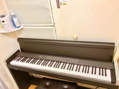 電子ピアノ - フィアルサロン(南青山) 防音室【電子ピアノ】WIFI有の設備の写真
