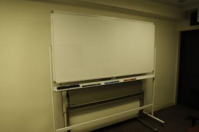 Workmedi新宿 ワークメディ会議室Cの設備の写真