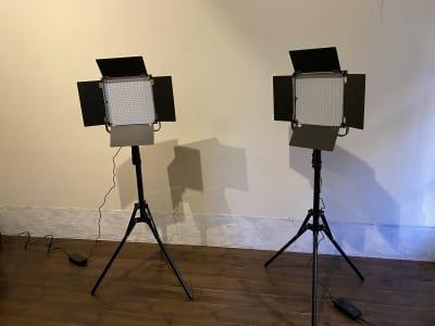 照明2台で1000円から貸し出し可能 - レンタルスタジオ ルペンディ Studio Rupendiの設備の写真