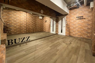 BUZZ六本木 Cスタジオの室内の写真