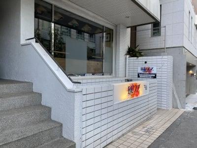 BUZZ六本木 Cスタジオの入口の写真