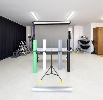 ブツ撮り用の背景や設備もバッチリ - Studio THREE レンタルスタジオの設備の写真