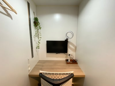 タイムシェアリング秋葉原奥山ビル テレワークブース B(小)の室内の写真
