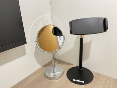 卓上鏡、スマホスタンド - TIMESHARING渋谷宮益坂 テレワークブースA(大)の設備の写真