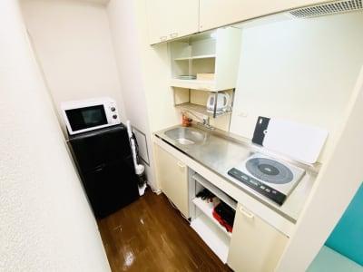 キッチンは広くて使いやすいですよ🍳 - パーティスペース ティアラ桜川 パーティルーム、多目的スペースの室内の写真