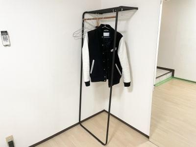 ハンガーラック - 広島レンタルスタジオBuddy ダンスができるレンタルスタジオの設備の写真