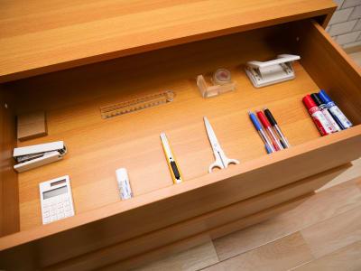 各種文房具 - naturoom 創成イースト 貸し会議室の設備の写真