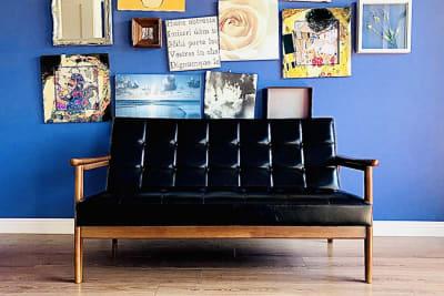 カリモクソファー - ELLE(エル)スタジオ フォトスタジオ・レンタルルームの室内の写真