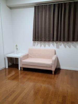 シャルムヒルズ南森町 AIサロンの室内の写真