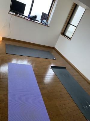 ヨガスタジオ下北沢の室内の写真