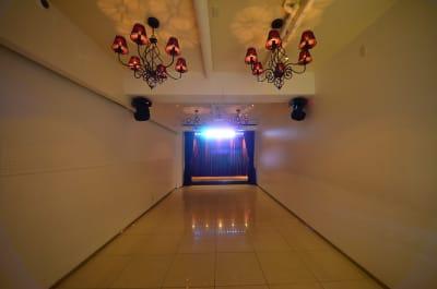 LEDライト・ムービングライトで照明演出 - CHELSEA TERRACE 【※臨時休業中】撮影・イベントの室内の写真