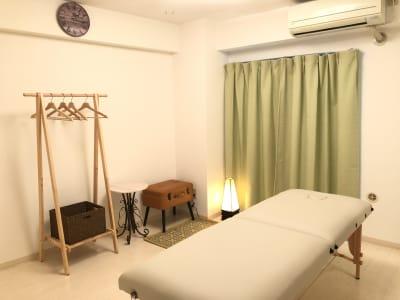 施術部屋(マットも可) - メンズ麻布サロン、麻布サロン 麻布サロン、レンタルサロンの室内の写真