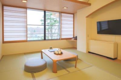 富士天嘉会館 多目的スペースの室内の写真
