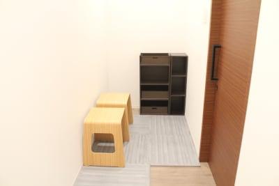 更衣室 - Flatto日本橋 キッチン・ラウンジスペースの設備の写真