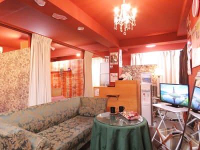 美癒楽の燈 サロンスペース2の室内の写真