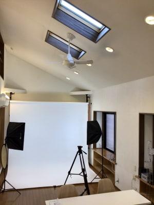 スタジオ3 - 撮影・配信スタジオ 2Fレンタル撮影・配信スタジオの室内の写真
