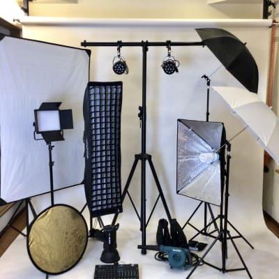 照明機材  - 撮影・配信スタジオ 2Fレンタル撮影・配信スタジオの設備の写真