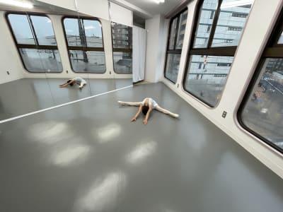 1〜3名での利用に最適です - レンタルスタジオ国立リノ 国立サニービルの室内の写真