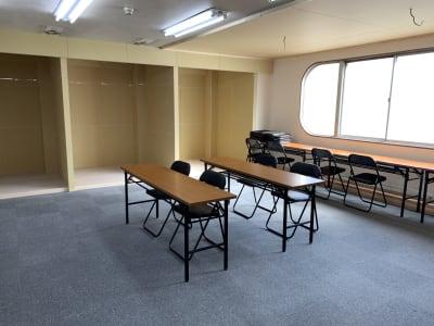ダイワ高井田セミナールーム 会議室、セミナールームの室内の写真