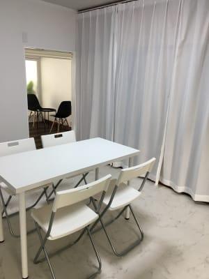 机をお出しすることもできます - Room  eight 美容系レンタルサロンの設備の写真