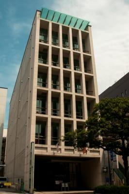 アンスティチュ・フランセ九州 多目的ホールの外観の写真