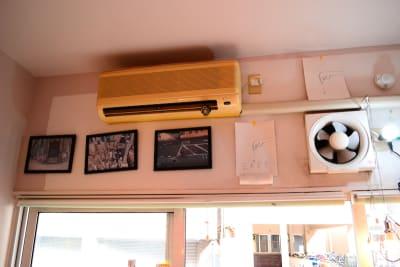 エアコン、換気扇完備 - bums tokyo 店舗(セレクトショップ)の設備の写真