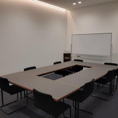 TOGITOGI 会議室大の室内の写真