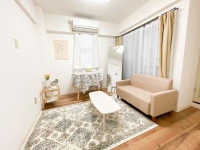 撮影でご使用頂ける全身鏡を設置しました🤎 - Roomie北堀江 韓国風スペース・ハウススタジオの室内の写真