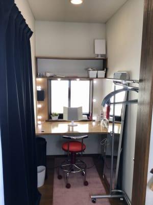 メイクスペース  - 撮影・配信スタジオ 2Fレンタルスペースの室内の写真