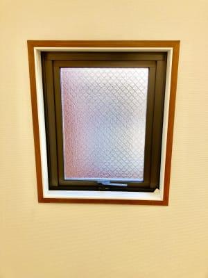 換気扇用窓 - スポロスタジオ 溝ノ口駅徒歩2分 レンタルルーム/スペース 駅2分の室内の写真