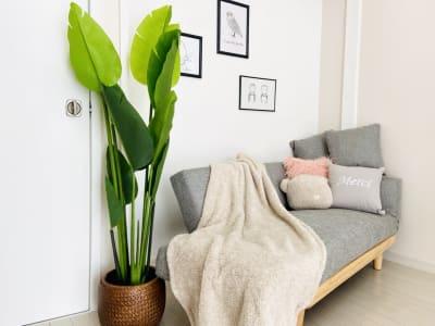 ソファ席 - シェアプレ 貸会議室 学芸大学 コトリ ノトリコの室内の写真
