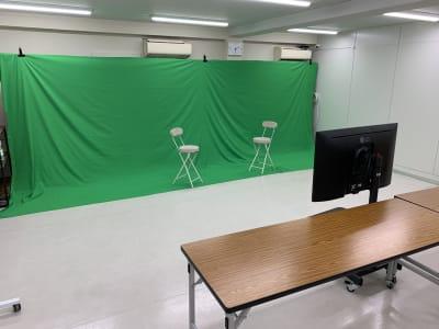貸出無料★横幅7mクロマキー収録@クロマキー(3m×7m) - FLASHスタジオ-渋谷- レンタルスタジオの室内の写真