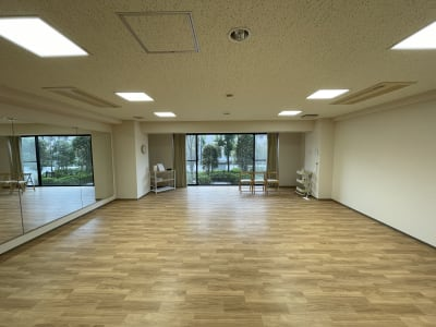 スペースが正方形なので使いやすいと評判です。 - レンタルスタジオケルス レンタルスタジオの室内の写真