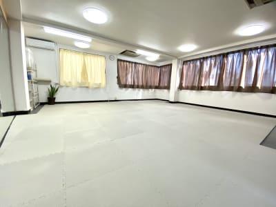 時間を気にせず24時間お使いいただけます。 - スタジオ白猫屋 調布店 調布ダンススタジオの室内の写真