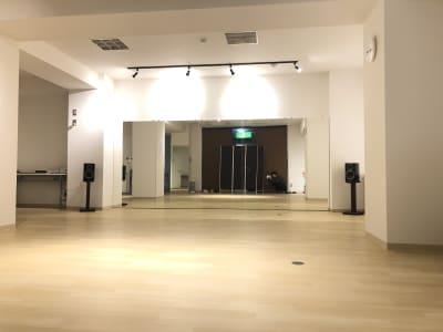 73㎡ 8m×10mのスペース - レジデンス浜松1階 レンタルスタジオ ダンスユーの室内の写真