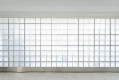 日中は穏やかな自然光が入ります。 - 株式会社ファイブシーズン Oto.STUDIOの室内の写真