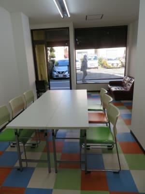 東長崎レンタルスペース 貸し会議室の室内の写真