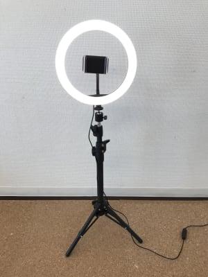 スマホ用撮影スタンド/有料 - レンタルサロン GREEN ROOMの設備の写真