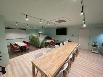 187_Picnic川崎 パーティ会場の室内の写真