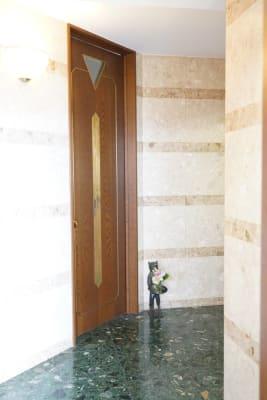 レンタルサロンAnne久屋大通 貸しスペースの入口の写真