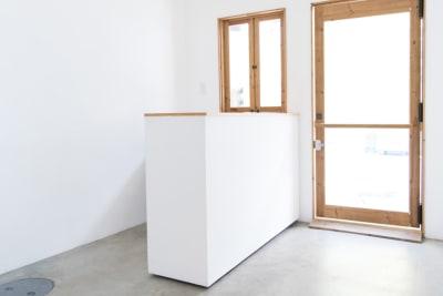 可動式のカウンター ※移動をご希望の際は事前にご連絡ください - メゾンシンテンチ  お洒落なオルタナティブスペースの室内の写真