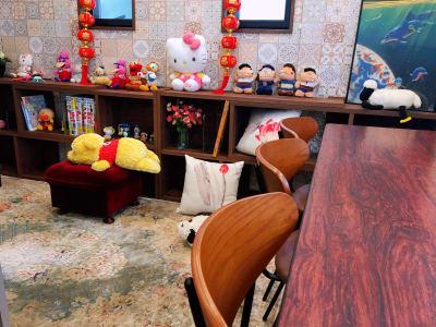 葵禅カフェ&バー テレワーク・会議・利用など201の室内の写真