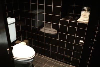 お手洗い - レストラン「アンダンテ」 昭和レトロ【駅徒歩3分】大人の空間の室内の写真