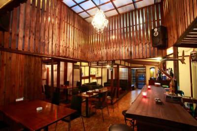 ケーアイエヌ 多目的スペースの室内の写真