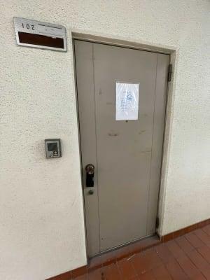 MT102 タスワンスペースの入口の写真
