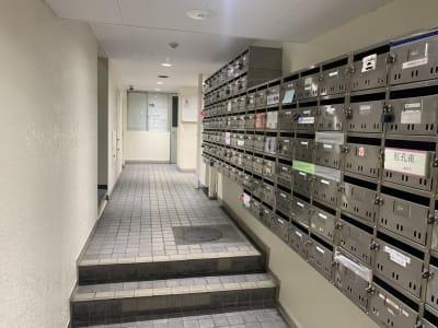 ススキノ会議室 会議室の入口の写真
