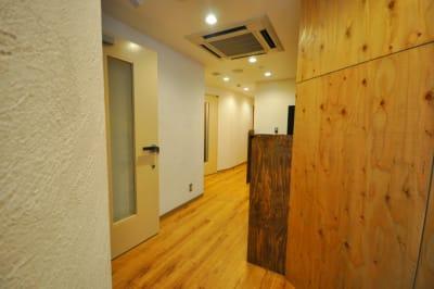 廊下です。 - スタジオパックス 北千住店 【初予約限定】テレワーク用防音室のその他の写真