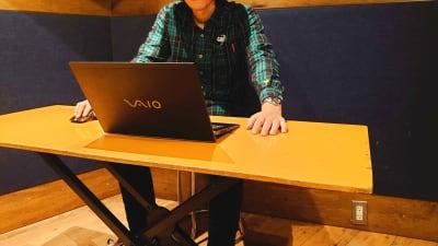 WEB会議やテレワークにお使いください。 - スタジオパックス 北千住店 【初予約限定】テレワーク用防音室の室内の写真