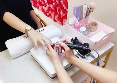 ネイル設備材料使い放題・¥1000/1時間  - ForyouNail キッズスペース付き個室の室内の写真